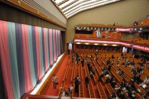 2階桟敷席から見た歌舞伎座内部