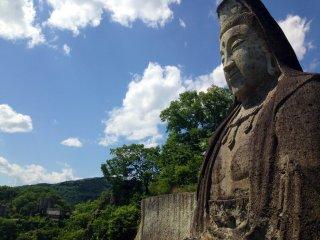 Gazing into stillness