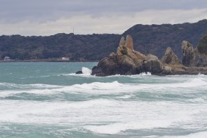 Tategami Rock looks over Minatohama's sandy beach