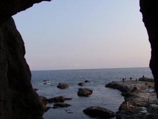 Выглядываем из пещер Ивая
