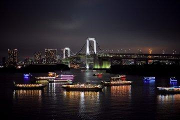 โตเกียวในยามค่ำคืน