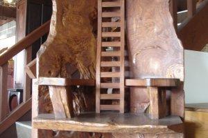 A throne worth a king in the Iwai Kagu showroom
