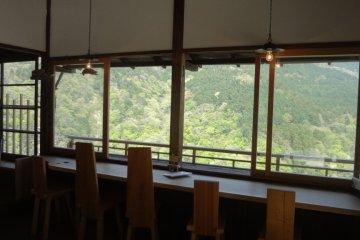 Hakone's Miyanoshita Naraya Café