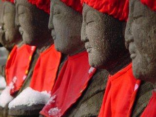 Kamakura's Famous Rokujizo Statues