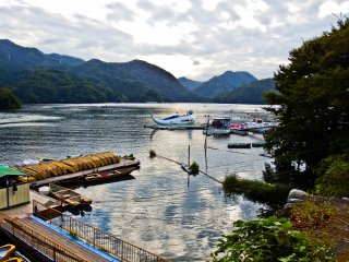 Despite being an artificially created phenomena, Lake Sagami is popular for hosting many water sports and activities
