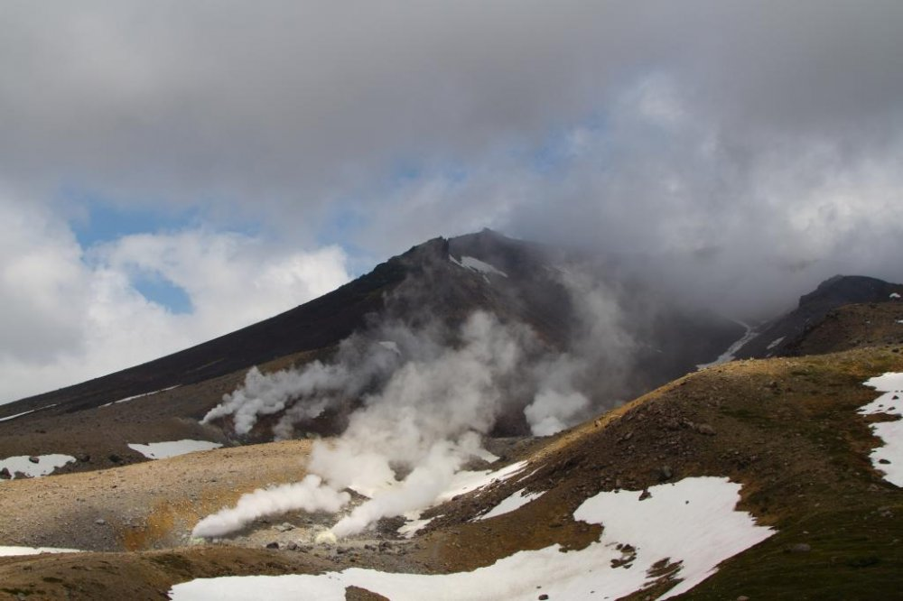 The volcano and the vents, seen from the top of the ropeway