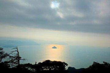 Гора Мисен прекрасным днем