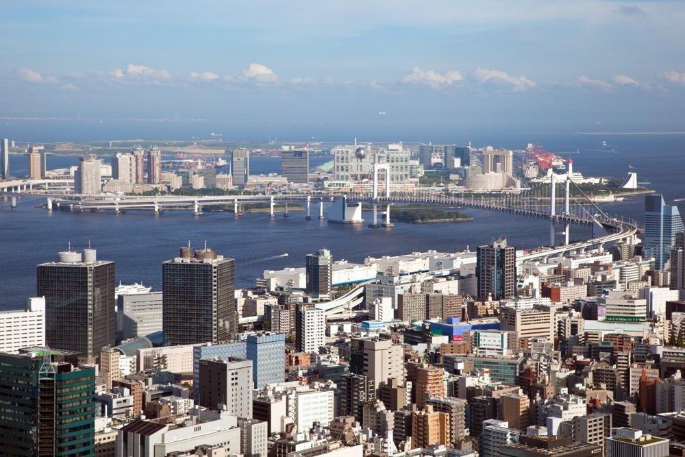 Avistando a Baía de Tóquio a partir do segundo observatório