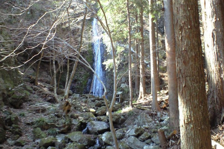 Waterfall and Stalactite Cave Trail