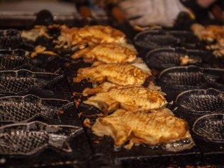 Taiyaki, des gâteaux fourrés en forme de poissons