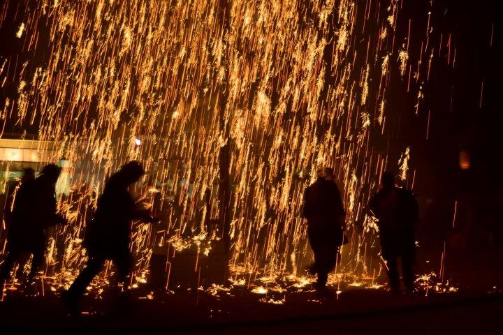 赤松神社の吹筒花火