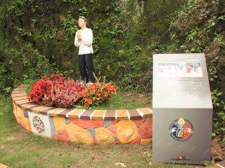 Monument of San Lorenzo Ruiz, the first Filipino saint.