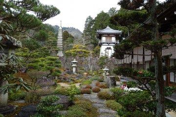 ふらり 近江の名園 西応寺と廃少菩提寺