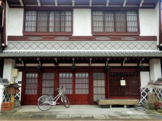 A building in one of Gujo's historic districts