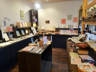 Gujo Hachiman is home to many small shops and boutiques, most of which sell products made in Japan
