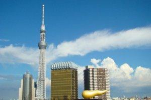 Tokyo Skytree and the Asahi Beer Headquarters