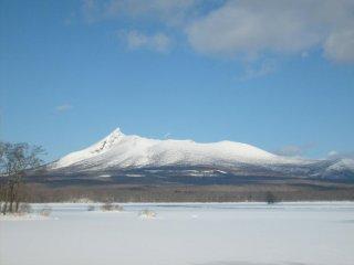 Le lac Onuma et le Mont Komagatake
