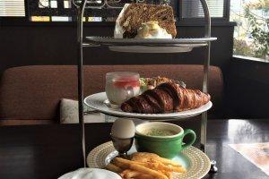Chocolat Chocolate Deluxe Breakfast Set