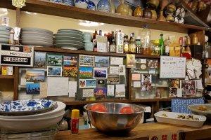 The counter at Heianraku