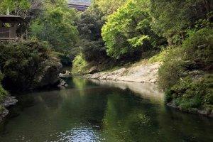 La rivière, à Kiri no Mori