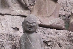 Amusing expressions on many of the little arhat statues