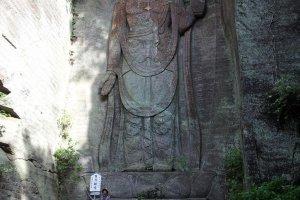 Hyaku-shaku Kannon