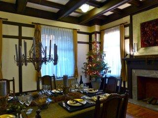 식당의 크리스마스 트리