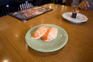 Fatty salmon sushi