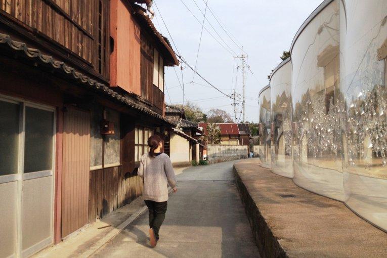 Inujima Cafe Walk