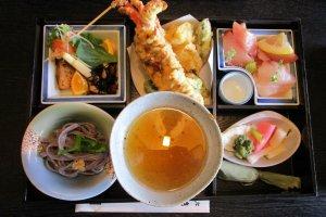 The lunch set at Zendokorokaien