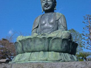 Buddha statue at Gokokuji Temple