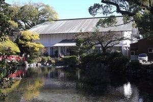 The museum is set in the grounds of Sengen-jinja shrine