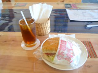 Fried trout burger and oolong tea
