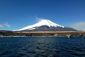 Clear winter view of Mount Fuji