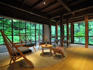The graceful space of these 'kominka' has been created with stylish furniture, like these chairs which were produced by a well known chair-making company located in Hida-Takayama