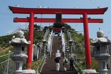 Le Sanctuaire Kabushima à Hachinohe