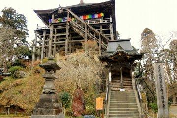 Kasamori-ji or Kasamori Kannon
