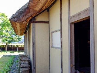 La maison est très bien conservée à l'intérieur comme à l'extérieur