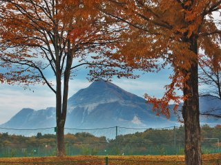 The charming Bukosan in frame of autumn foliage