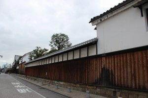 京都伏見「月桂冠」蔵元の塀