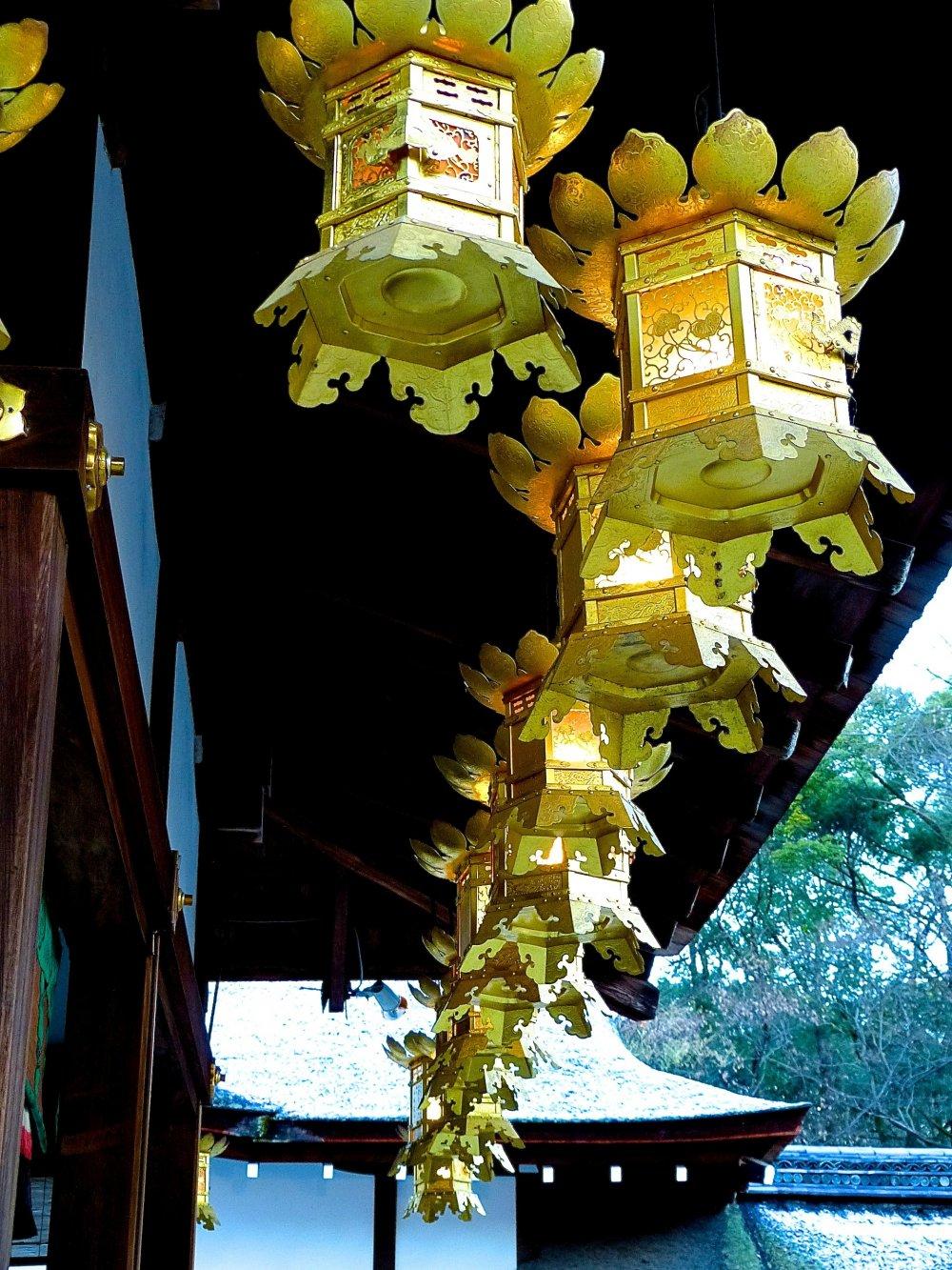 Beautiful lineof lanterns