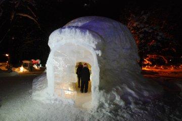 เที่ยวเมืองหิมะ Furano Kan Kan Mura