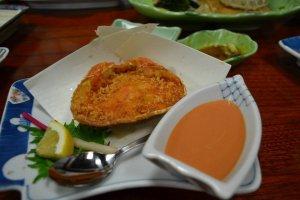 เนื้อปูทอดแบบdeep friedในกระดอง