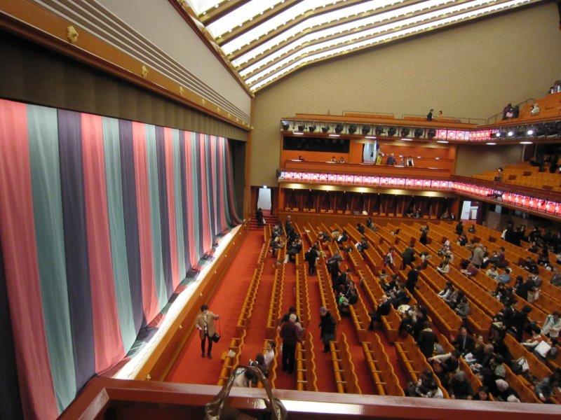 東銀座: 新歌舞伎座 桟敷席 - 東...