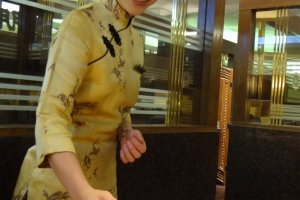 The staff here is very well trained and friendly. The female servers are dressed in Chinese traditional gowns and add a touch of elegance to the surroundings.