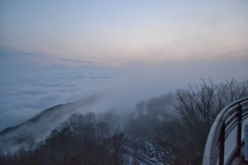 <p>The wind really starts to pick up. Soon after this I was engulfed in clouds.</p>