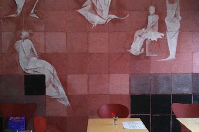 Cafe Rencon\'s chic interior.