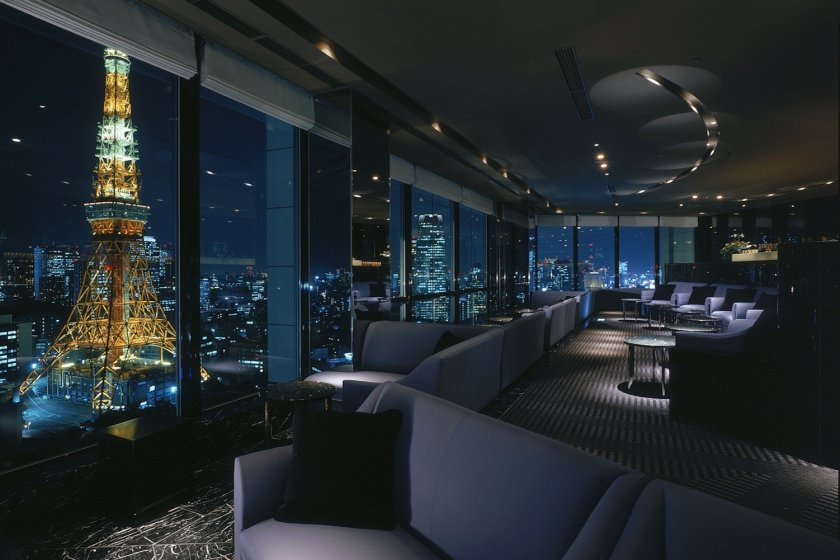 The Stellar Garden Sky Lounge on a clear night