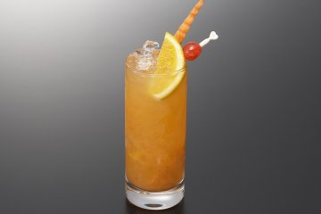 <p>Their signature cocktail &quot;Tokyo Tower Cocktail&quot;</p>