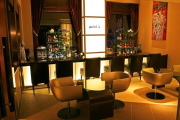 The Phoenix Hotel bar is fully stocked